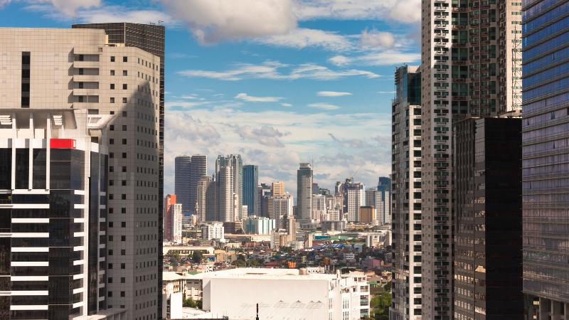 フィリピンの強みは安い賃金と英語力