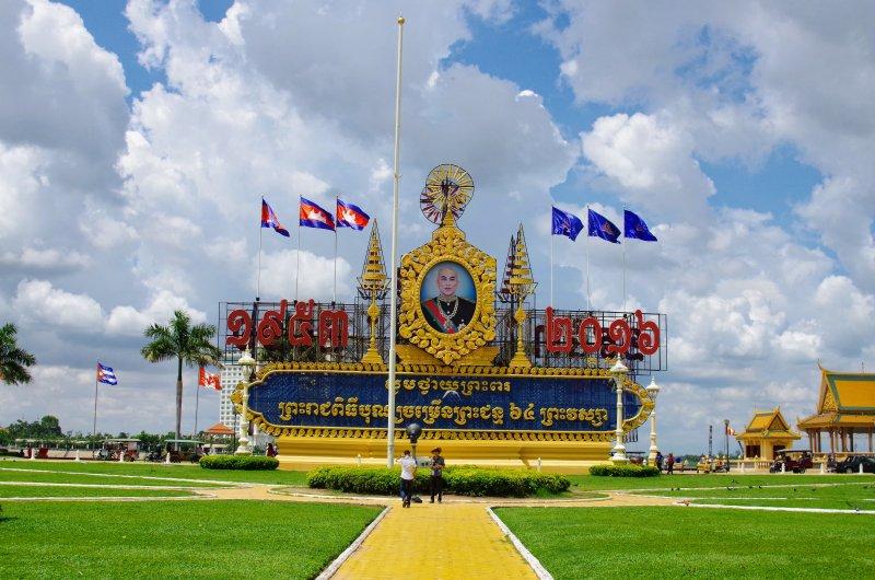 カンボジアの就労ビザ条件