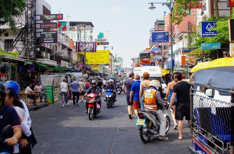 タイで日本人が海外就職目指すなら、日系メーカー、外資系様々な選択肢。