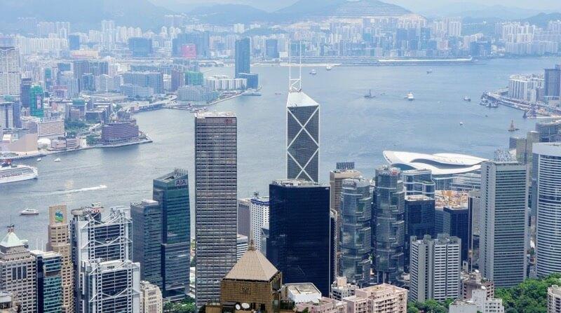 香港の強みは合理的なマーケットに基づく産業政策や人材誘致策
