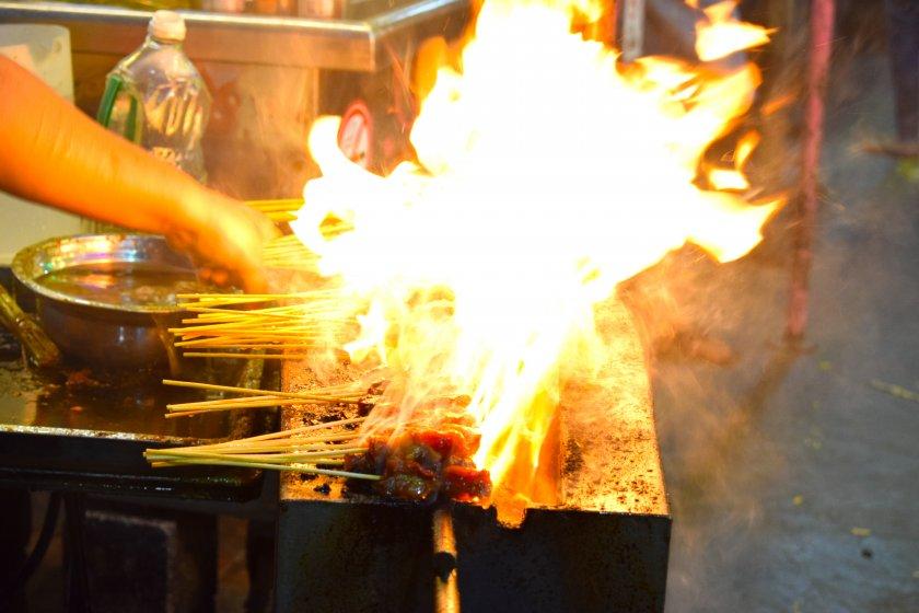 ジョージタウンのホーカーやナイトマーケット食べるB級グルメからローカル料理は格別