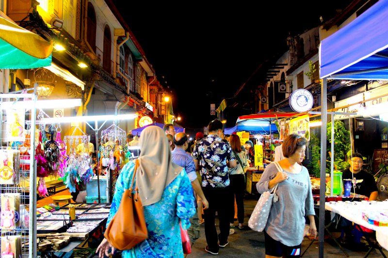 マレーシア・マラッカのジョンカーストリートでは毎週金土日に夜市(パサマラム/ナイトマーケット)が開催