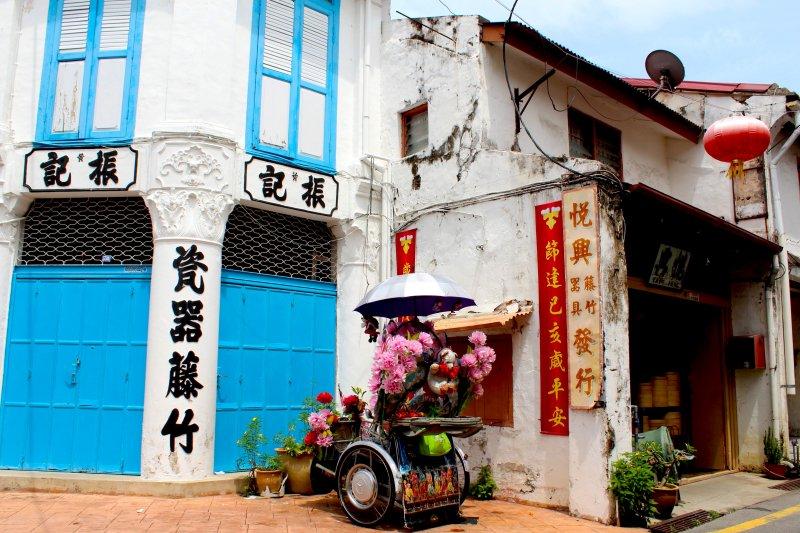 マレーシア・マラッカのジョンカーストリート、ハーモニーストリート周辺路地にはレトロで生活感あふれるお店がたくさん