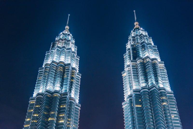 マレーシアのKLCCのペトロナスツインタワー
