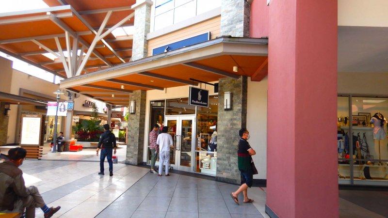 ゲンティンハイランドプレミアムアウトレット(Genting Highlands Premium Outlets)。人気店は行列も。