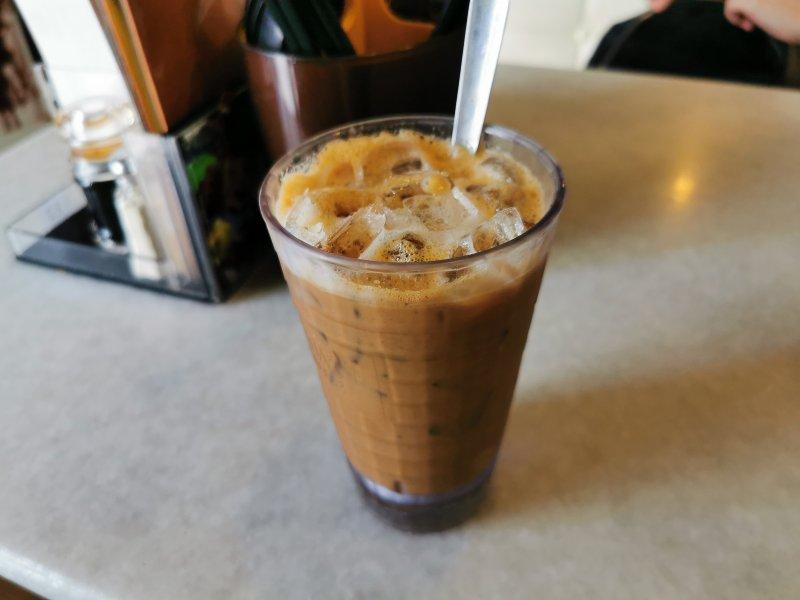 マレー語でコーヒーなどの飲み物は何というか